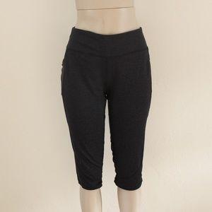 Dark Gray Pocket Capri Leggings Size XL